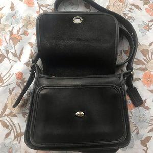 Coach Bags - COACH vintage black genuine leather tote purse bag